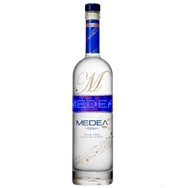Medea-Vodka-mit-LED-Schriftband-70cl